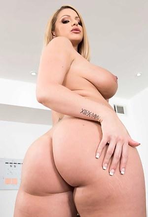 Big Tits Bubble Butt Porn Pictures
